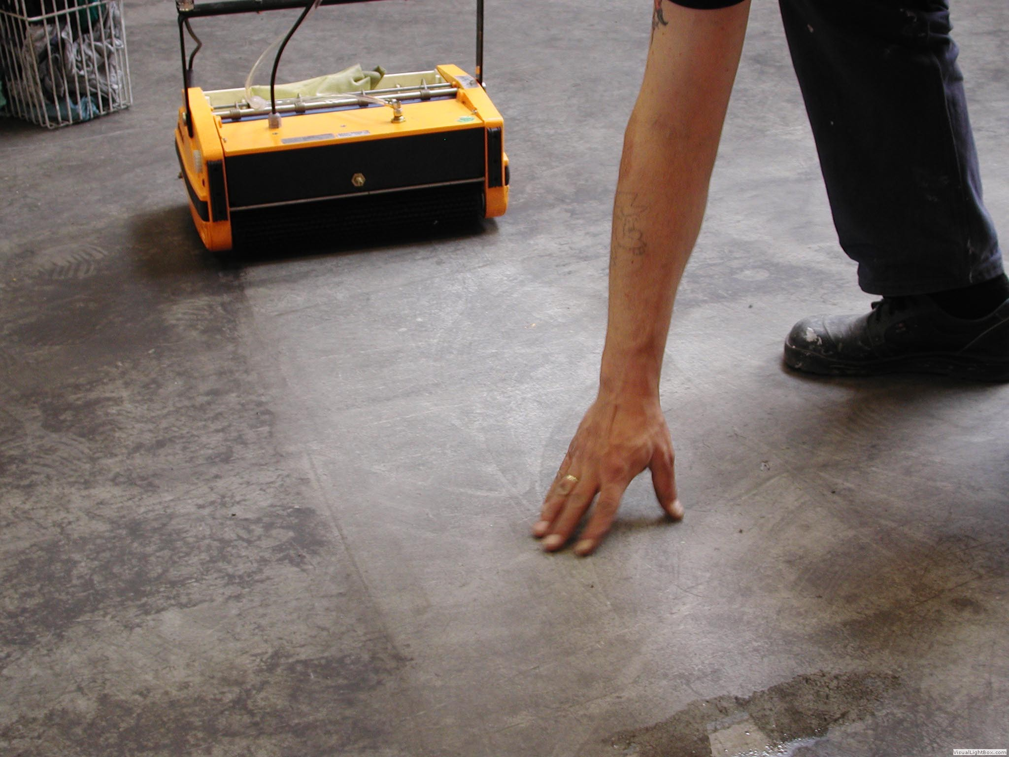 Why rotowash for How to clean cement floor